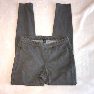 June & Daisy grey knit jeans S NWOT